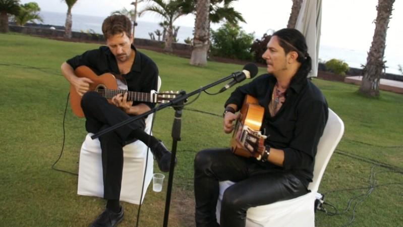 José Almas Duo